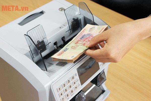 5 bước vệ sinh máy đếm tiền đơn giản, hiệu quả