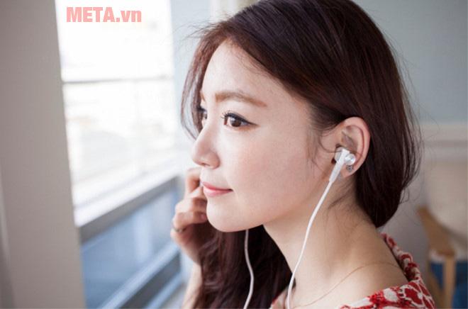 Vệ sinh tai nghe đúng cách để bảo vệ đôi tai của bạn