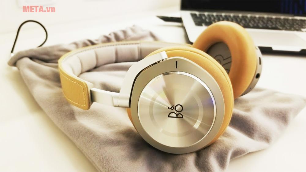 Thiết kế tai nghe