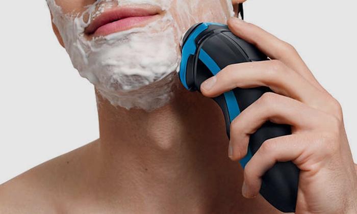 nên dùng máy cạo râu