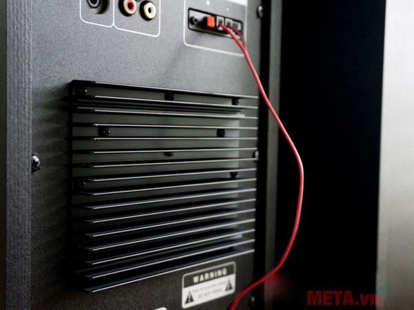 SoundMax AK-800 trang bị cánh gió tản nhiệt lớn
