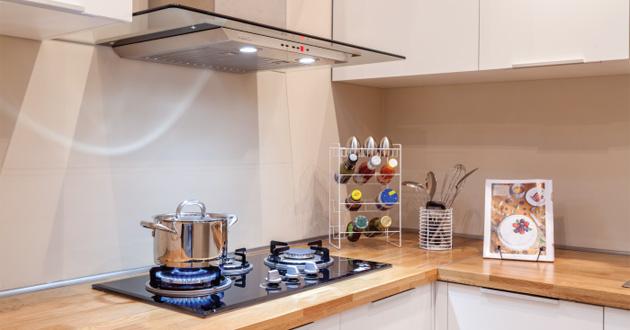 Tại sao nhà ở chung cư nên trang bị máy hút mùi?