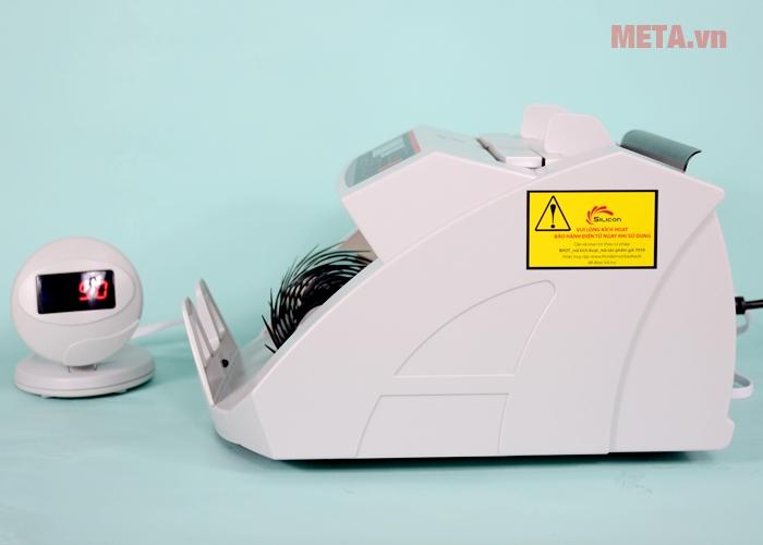 Máy đếm tiền Silicon MC-2200 đếm tiền với tốc độ hơn 900 tờ/phút