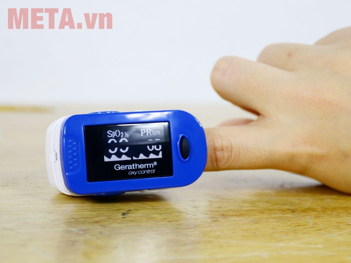 Máy đo nồng độ oxy trong máu Geratherm GT-300C203 giúp đo nhanh, chính xác