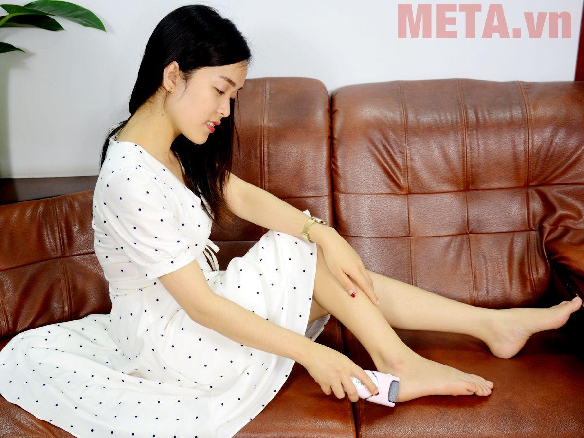 Máy làm sạch gót chân PEDI2 nhẹ nhàng lấy đi lớp da chết