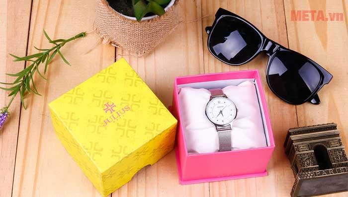 Đồng hồ đeo tay 3