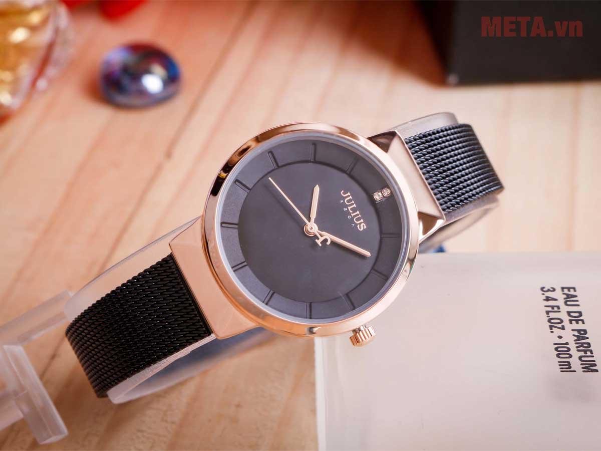 Đồng hồ nữ 1