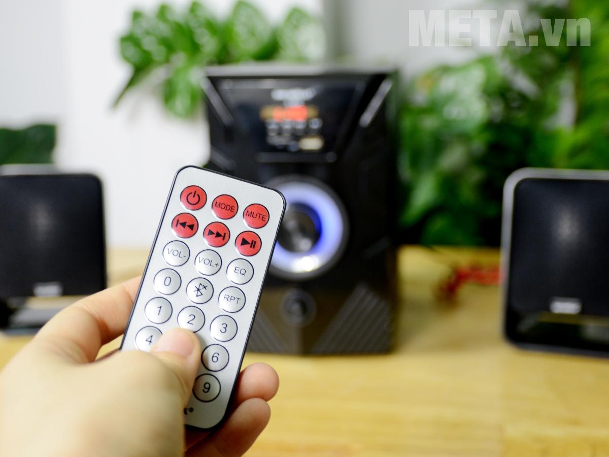 Loa vi tính Soundmax A826 đi kèm điều khiển từ xa
