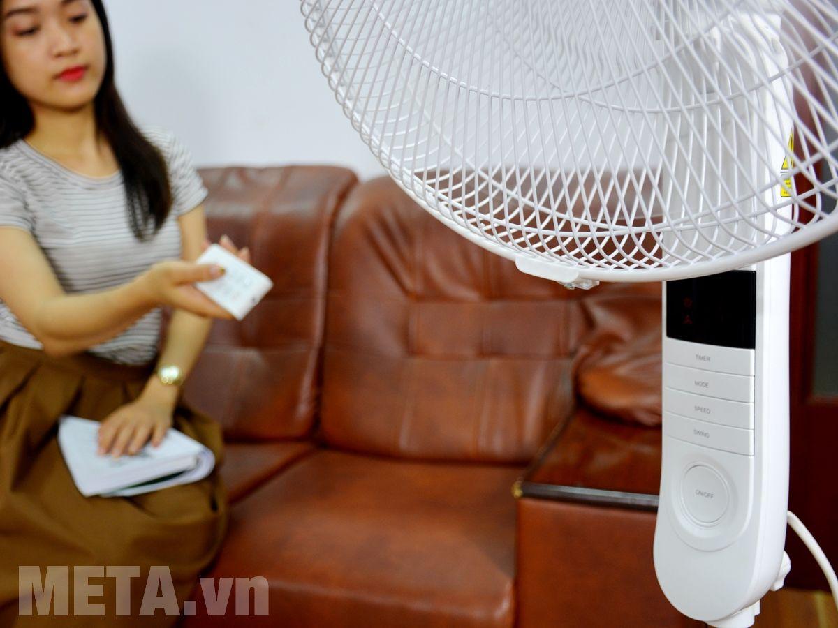Quạt cây Toshiba F-LSA20(W)VN dễ sử dụng