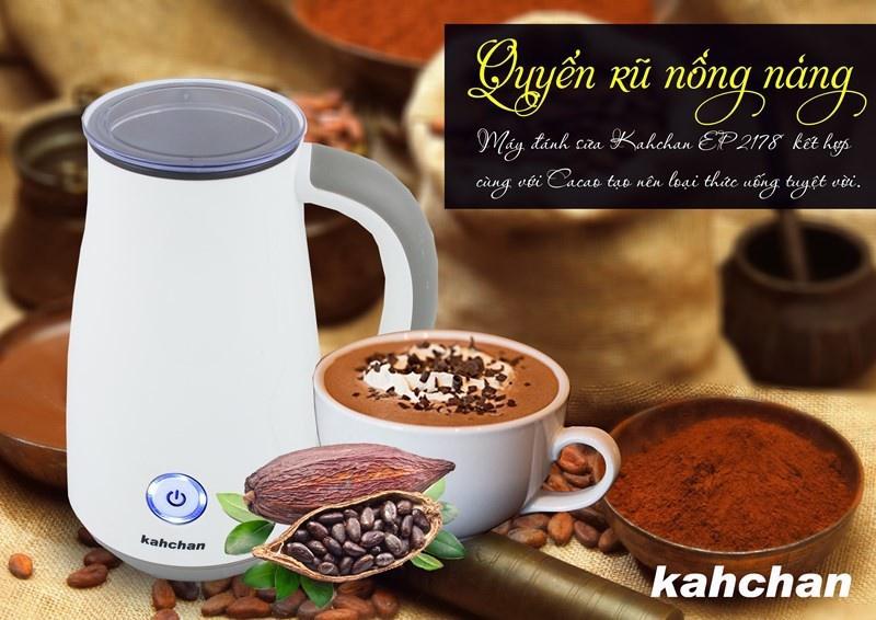máy tạo bọt sữa cầm tay góp phần tạo nên sức hấp dẫn của mỗi ly cafe
