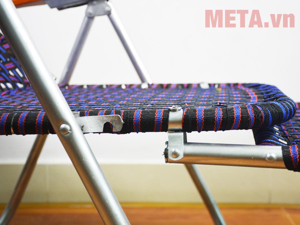Khung ghế xếp bằng kim loại