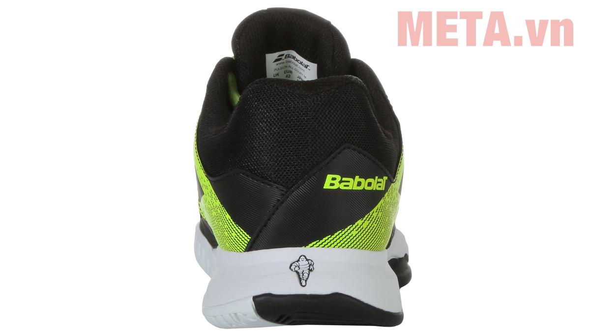 Giày tennis chuyên nghiệp
