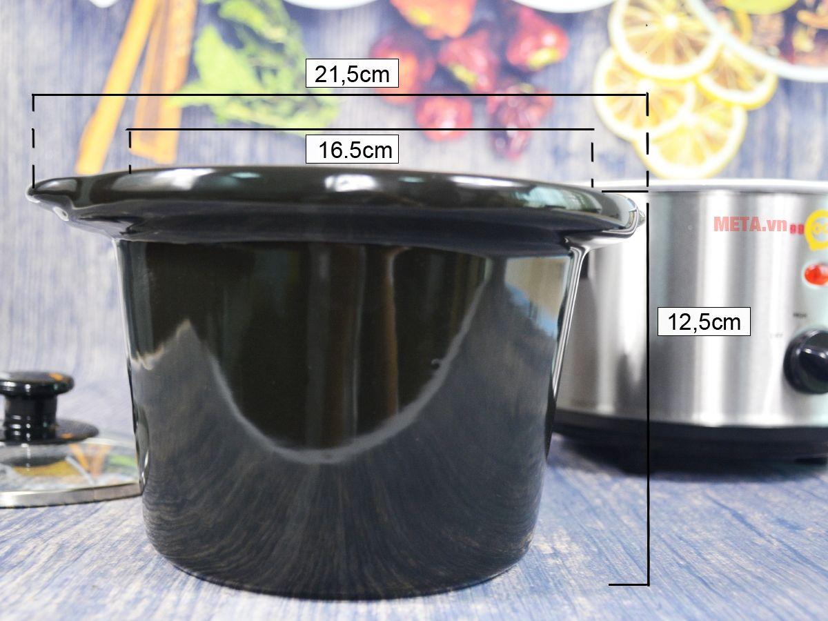 Lòng nồi nấu cháo đa năng Hàn Quốc BBcooker BS15 được làm từ sứ Ceramic siêu chịu nhiệt, an toàn.