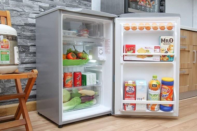 Tủ lạnh mini được ưa chuộng nhờ có giá rẻ, thiết kế nhỏ gọn