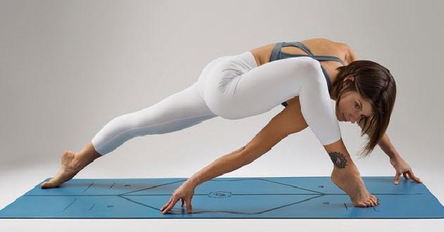 Chọn kích thước thảm tập yoga phù hợp với chiều cao cơ thể