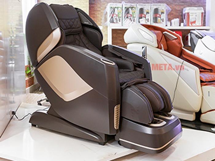 Ghế massage toàn thân Maxcare Max-4D đột phá công nghệ cảm biến vị trí tự động lùi tường thông minh nhất