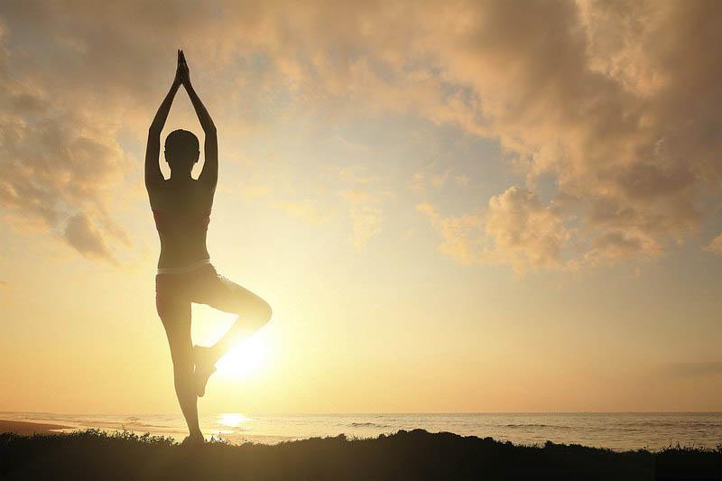 Bài tập yoga buổi sáng - bí quyết cải thiện sức khỏe và tinh thần