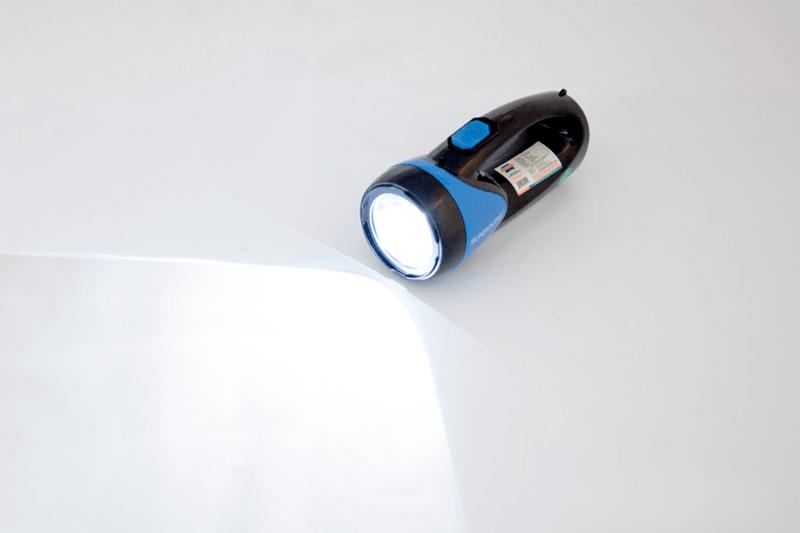 Đèn pin sạc điện