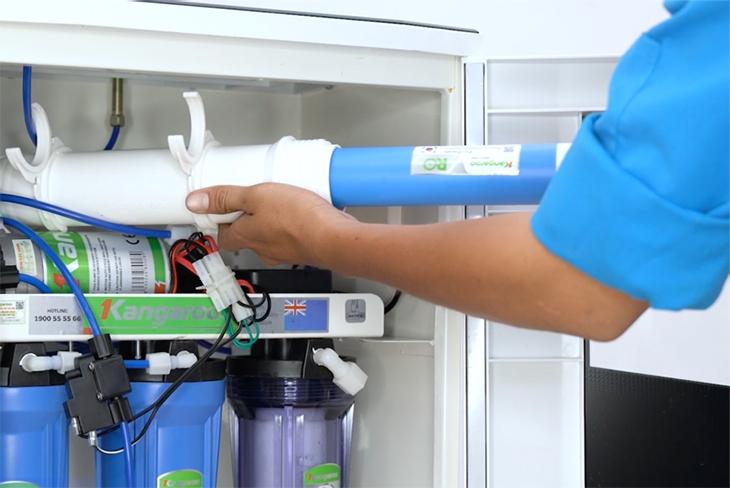 kinh nghiệm mua máy lọc nước tổng sinh hoạt