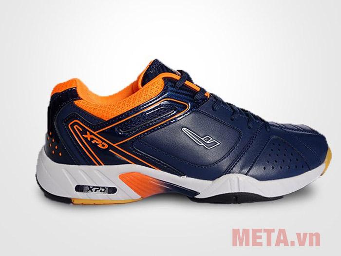 Giày thể thao cổ ngắn