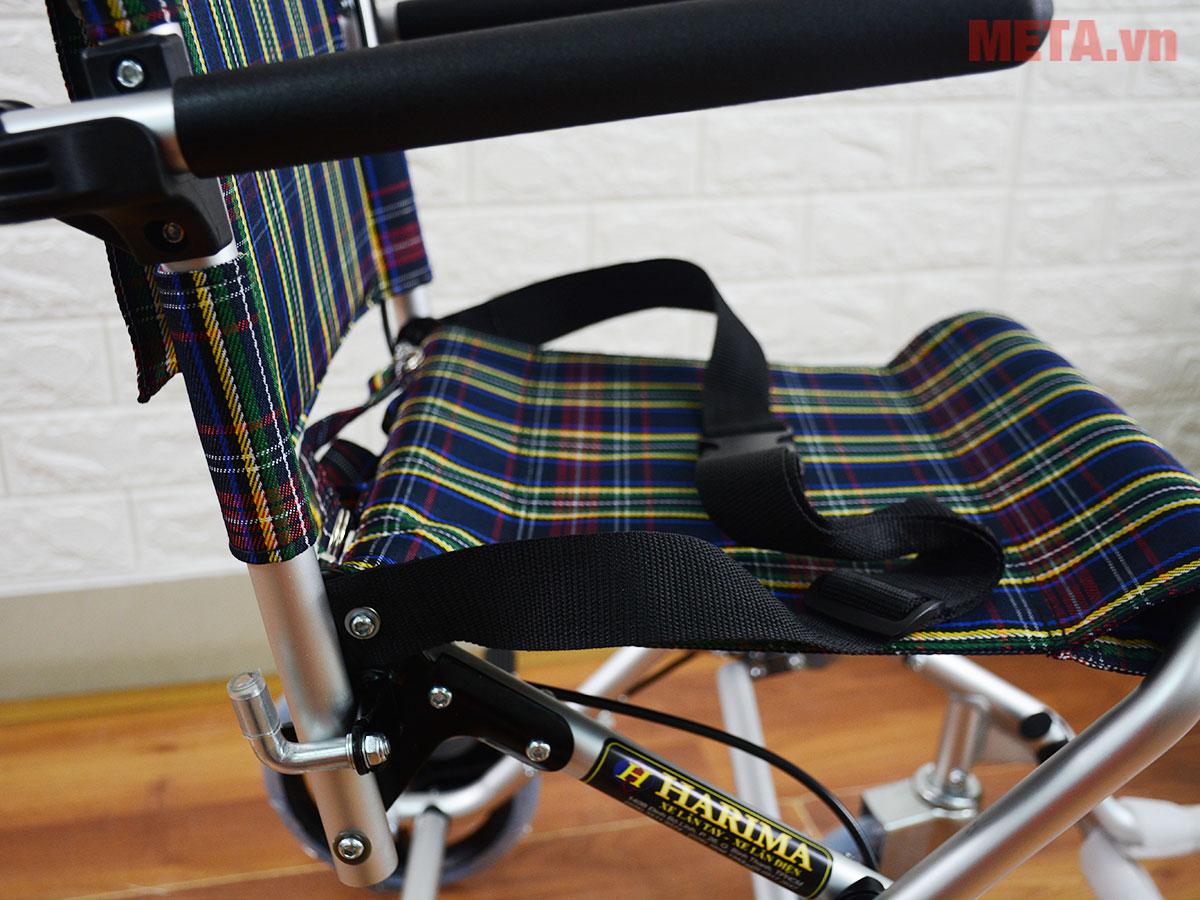 Phần ghế ngồi của xe lăn
