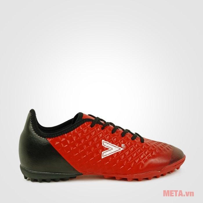 Giày đá bóng Mitre 180204B làm từ chất liệu microfiber có độ bền cực cao