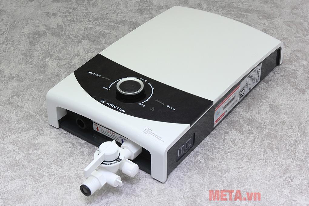 Máy nước nóng trực tiếp không bơm Ariston SMC45E-VN