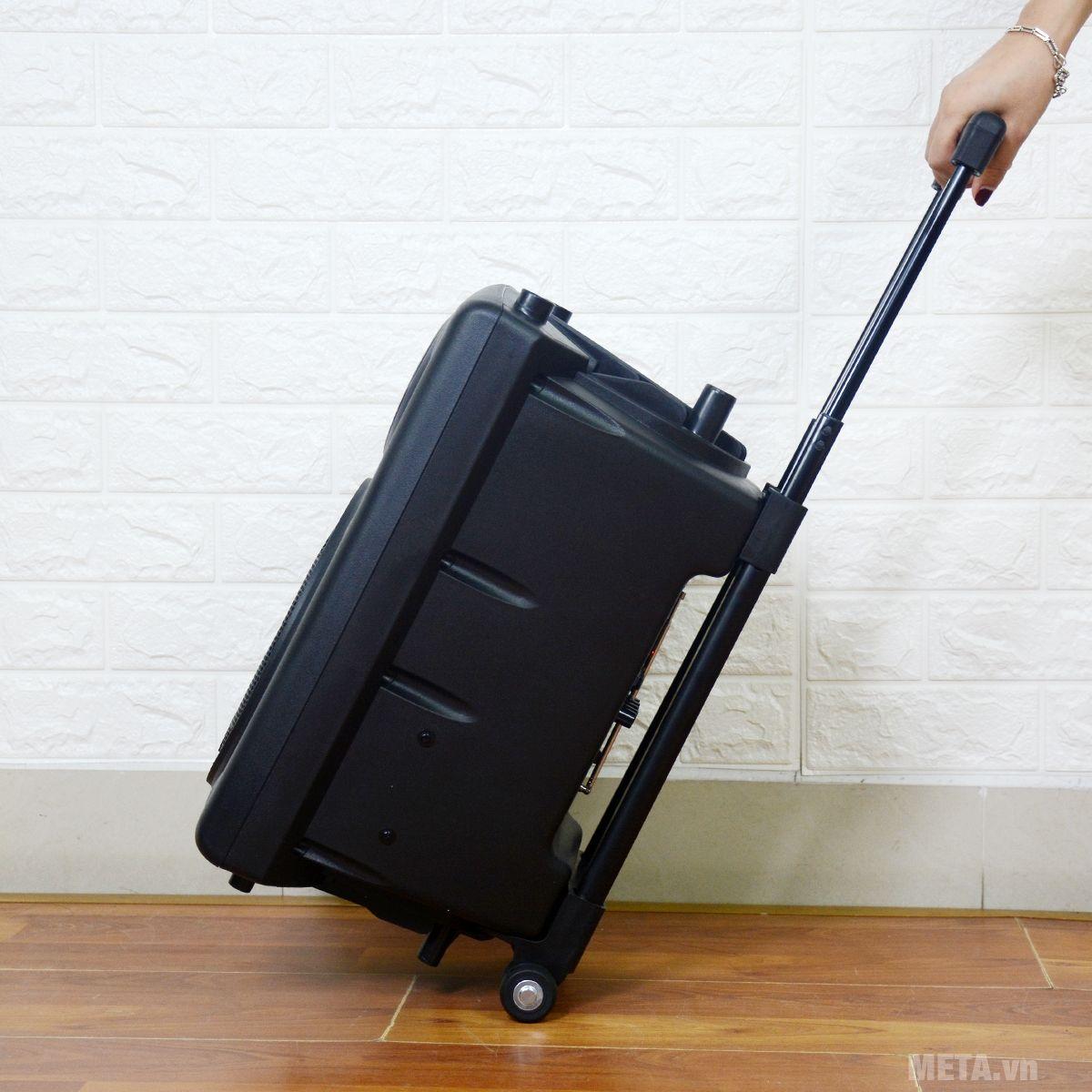 Loa vali kéo