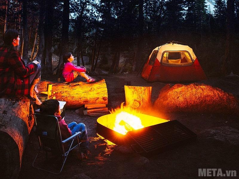Các vật dụng cần chuẩn bị khi đi cắm trại trong rừng