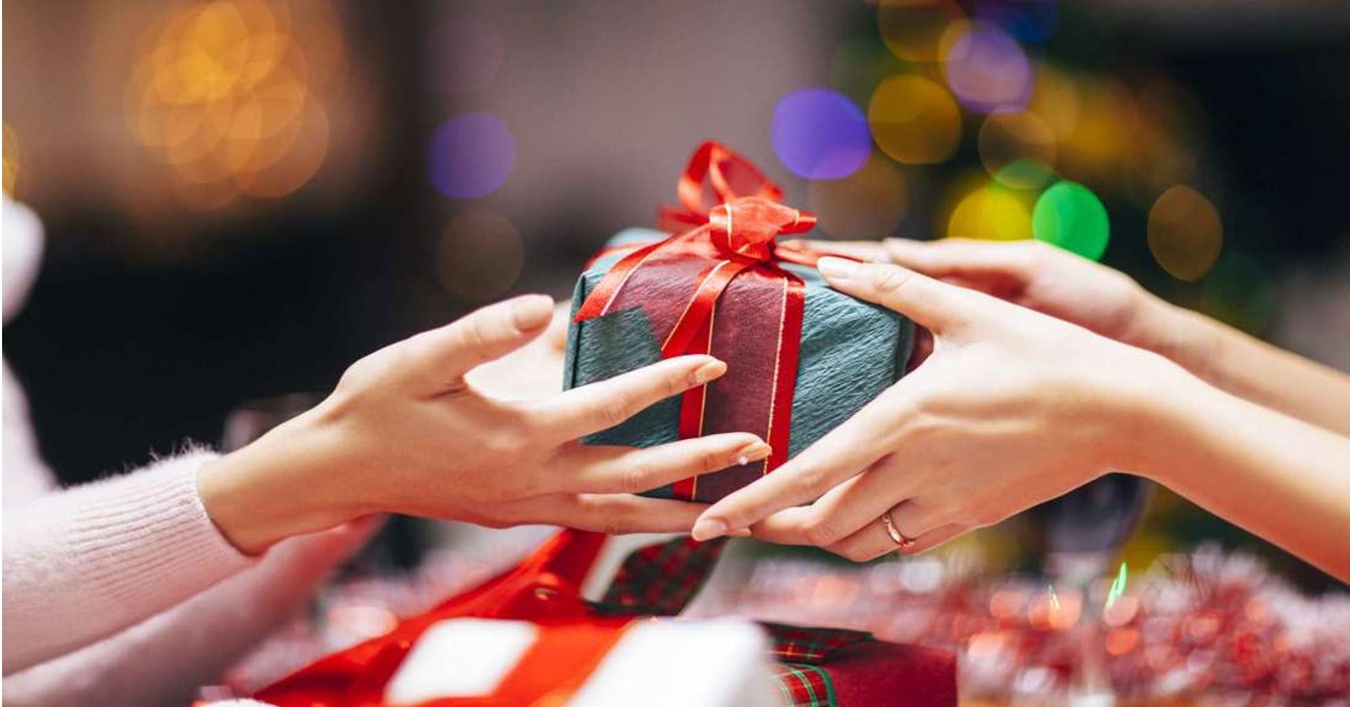 Mách bạn 12 quà tặng sinh nhật cho mẹ đơn giản vẫn đầy đủ ý nghĩa