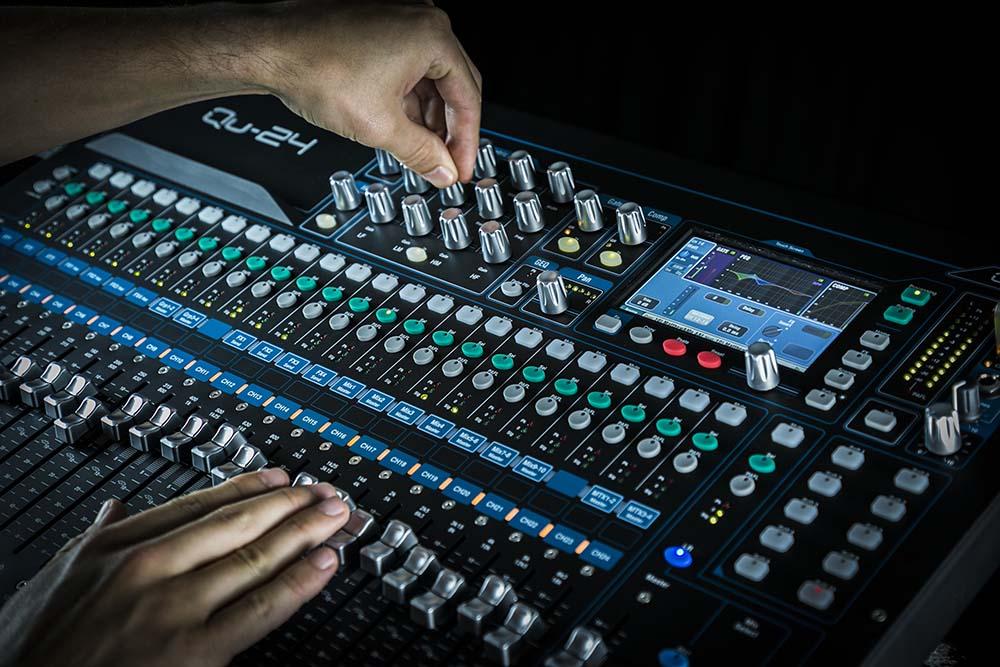 cách kết nối mixer với amply và các thiết bị khác