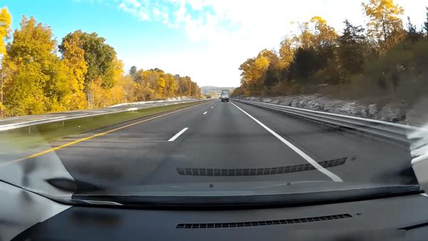 Camera góc rộng, an toàn khi tham gia giao thông