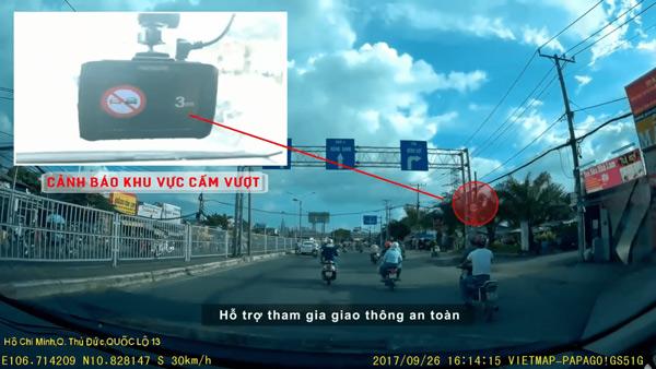 Camera đọc nhận điện biển báo