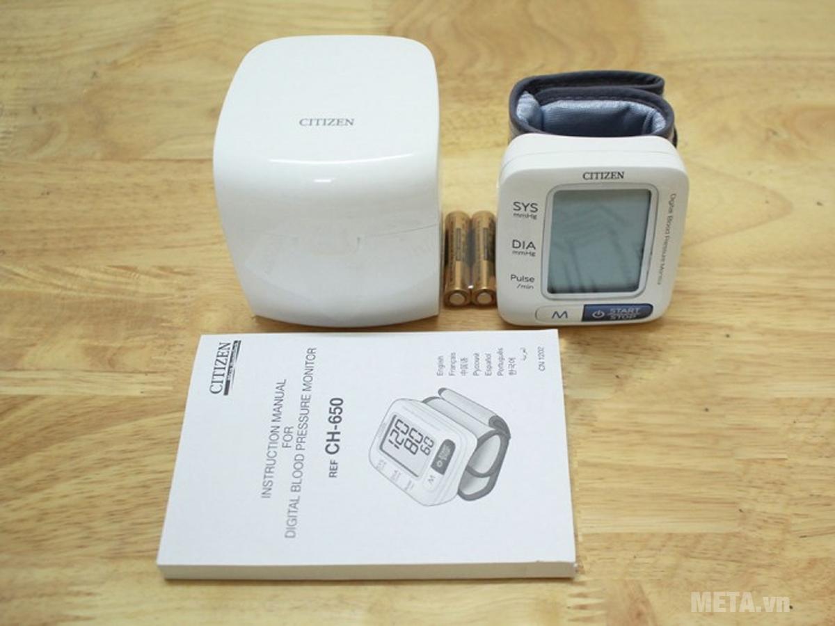 Máy đo huyết áp cũng rất cần thiết với người già