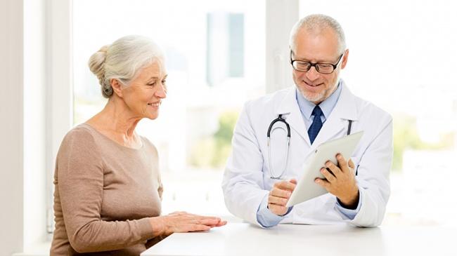 Gói chăm sóc sức khỏe là một trong những món quà mừng thọ ý nghĩa nhất