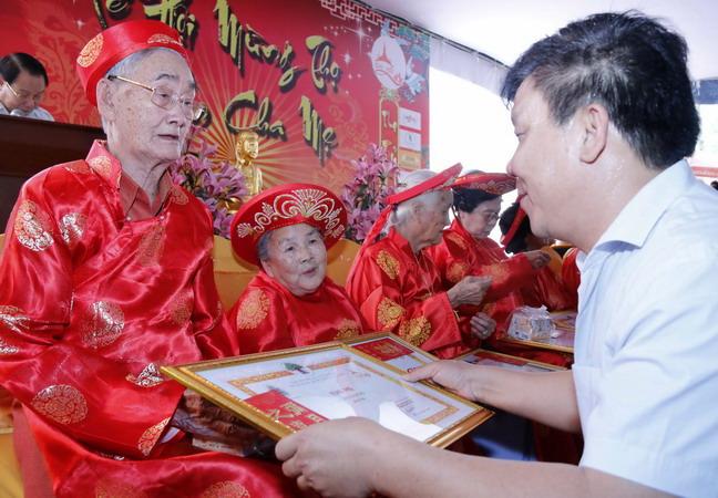 Mừng thọ là dịp lễ ý nghĩa, mang nét đẹp văn hóa Việt