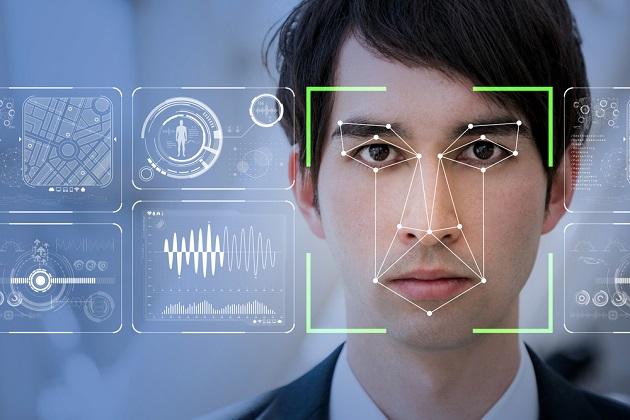 Máy chấm công khuôn mặt thực hiện nhận diện khuôn mặt để ghi lại thời gian vào, ra khỏi nơi làm việc.