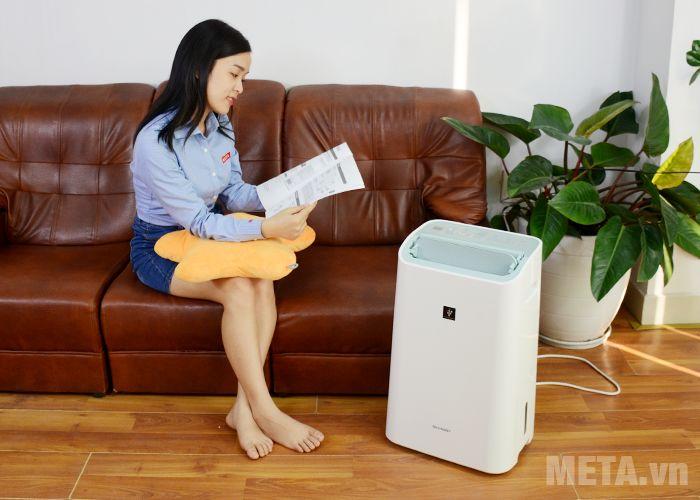 Máy hút ẩm và lọc không khí