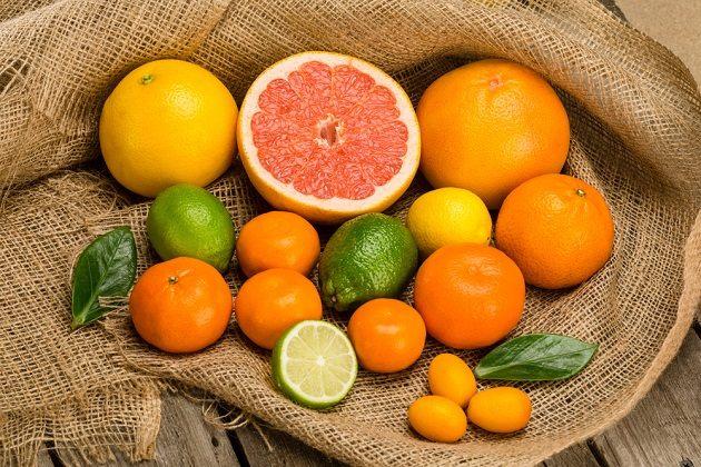 Các loại nước ép từ trái cam, quýt, bưởi rất tốt cho làn da, vóc dáng và sức đề kháng.