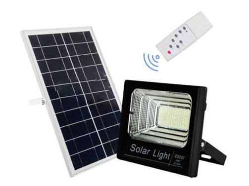 Đèn Led chiếu sáng năng lượng mặt trời 200W-VC-8200