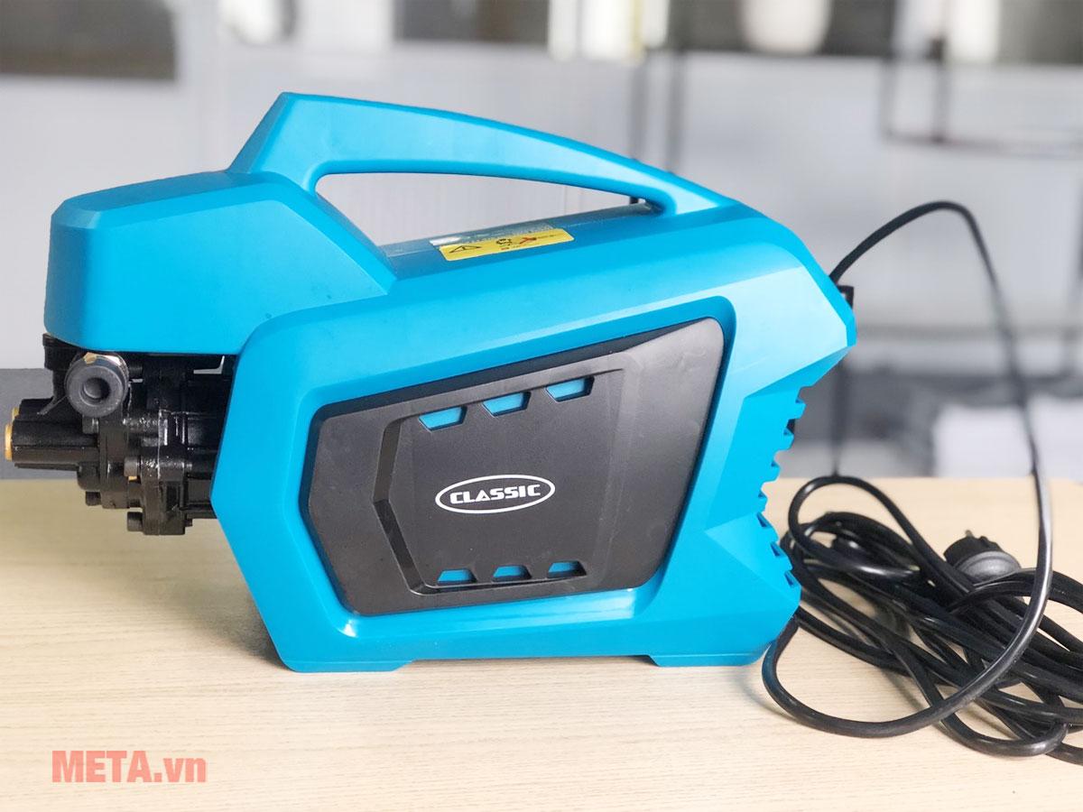 Máy rửa xe Classic CLA-2400 sử dụng mô tơ từ cho độ bền cao, ít khi hỏng hóc