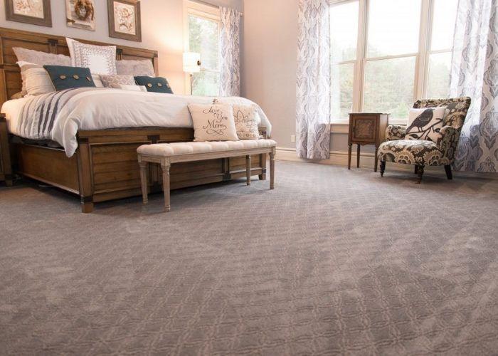 Nếu không giặt thảm trải sàn thường xuyên chúng sẽ bám đầy bụi bẩn, có mùi hôi khó chịu và là chỗ cho nấm mốc phát triển