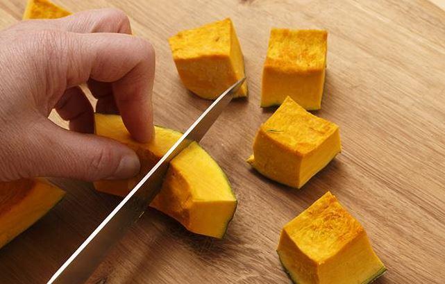 Cách nấu cháo yến mạch bí đỏ