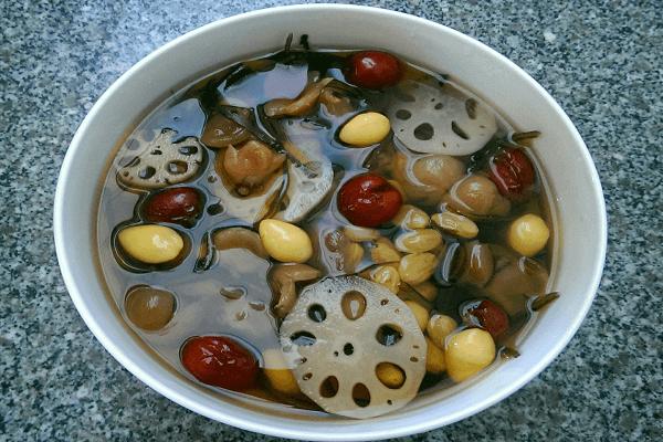Thành quả chè sâm bổ lượng bạch quả nhãn nhục rong biển