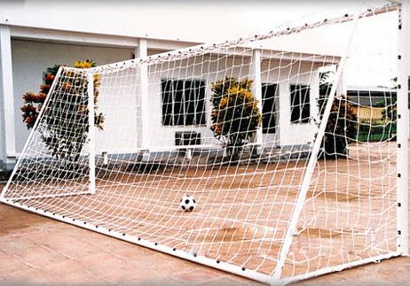 Kích thước khung thành sân bóng đá 7 - 9 người