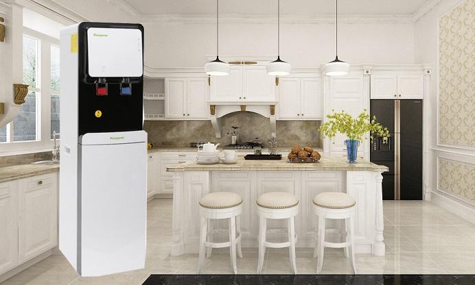 Máy lọc nước nóng lạnh mang đến nhiều tiện ích cho người dùng