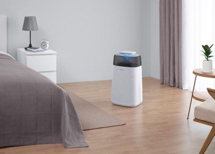Dùng máy lọc không khí trong phòng ngủ sẽ giúp bạn có những giấc ngủ sâu hơn