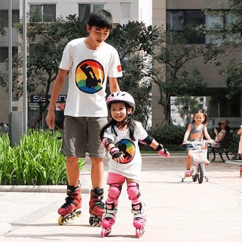 Chơi patin giúp bé tăng cường sức khỏe