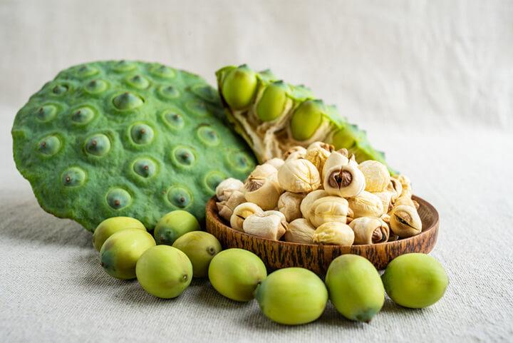Bạn có biết tác dụng của hạt sen đối với sức khỏe là gì không?