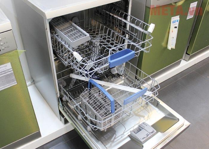 Lưu ý khi sử dụng máy rửa bát Bosch SMS63L08EA